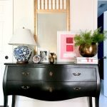 How to Style Traditional Furniture in a Modern Way