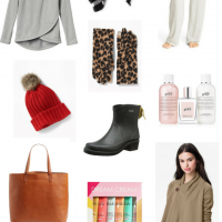 Gift Guide-WEARABLE GIFTS (WOMEN)