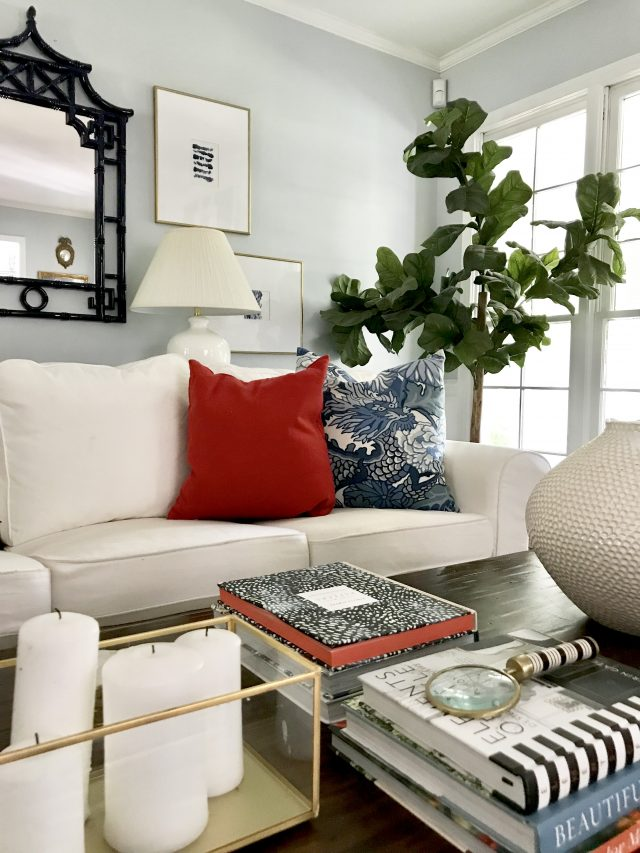 red-pillows-living-room