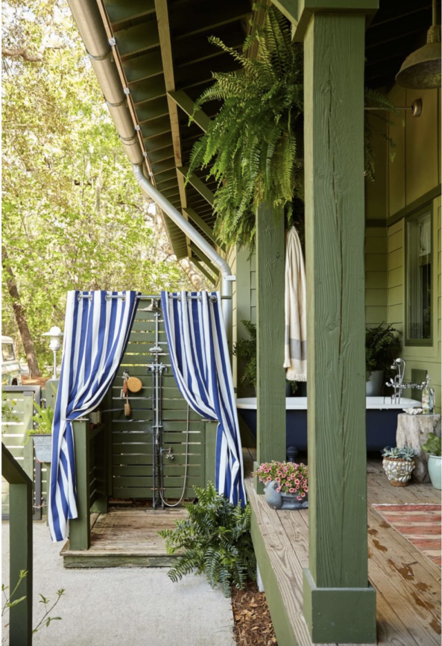 outdoor-shower-Summer-home