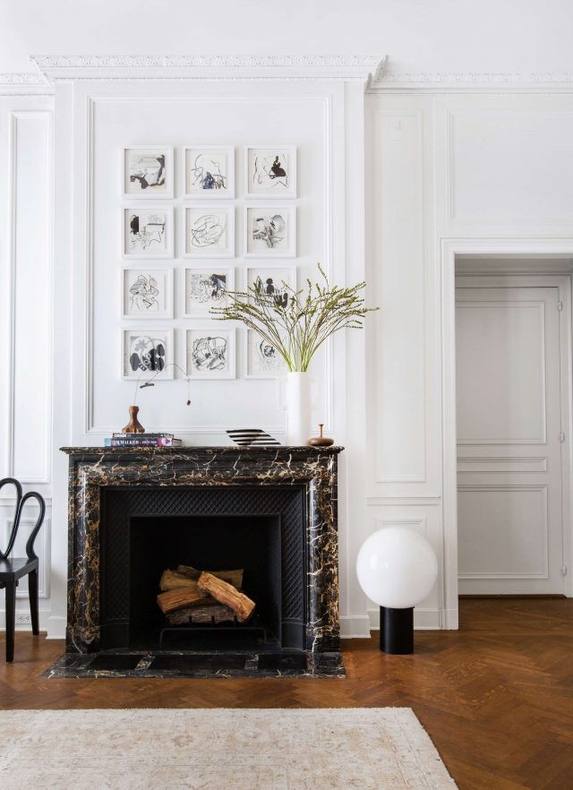grid-gallery-over-mantel