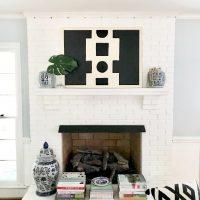 symmetrical-mantel-decorating-ideas