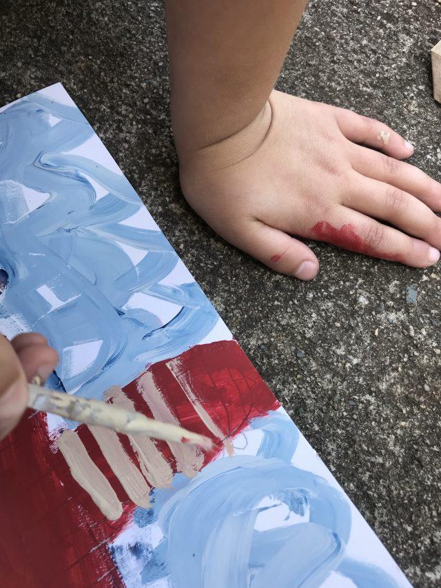 USING PAINT SAMPLES TO CREATE KIDS ROOM ART