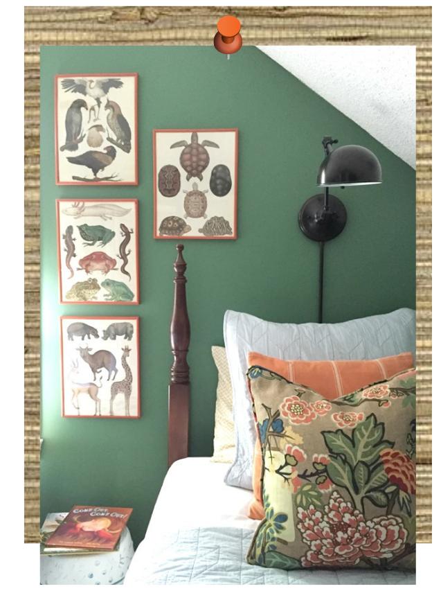 twins-bedroom-before-green-walls-2