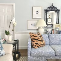 blue-white-patterned-couch