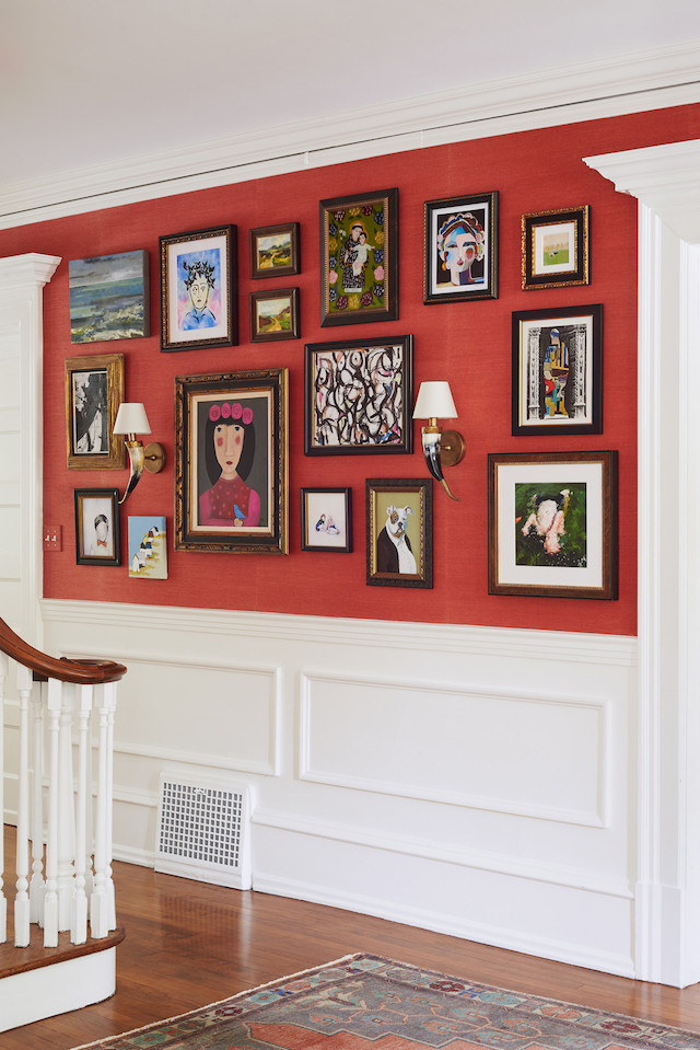historic-home-gallery-wall-entryway