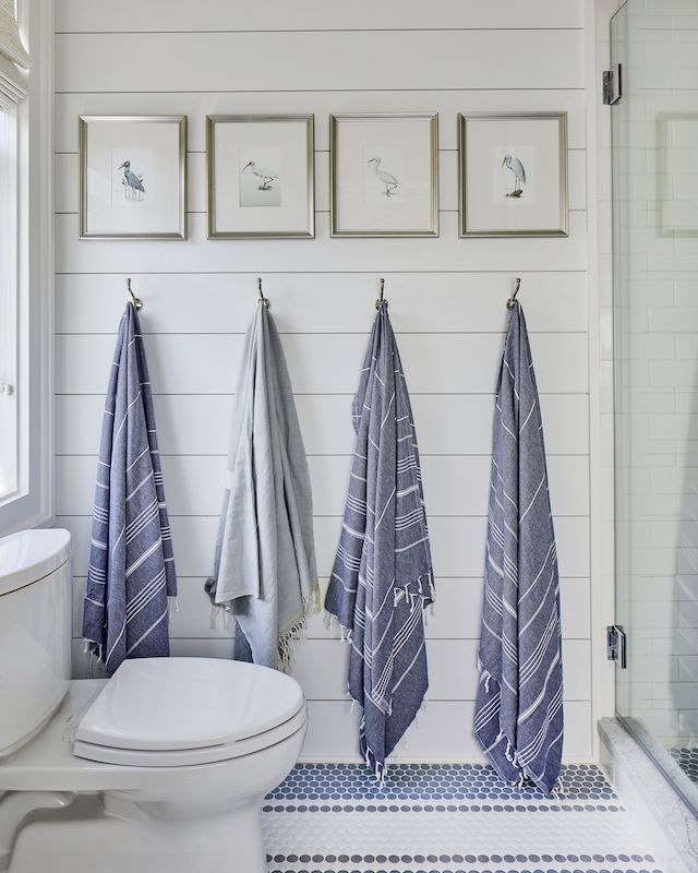 bathroom-hooks