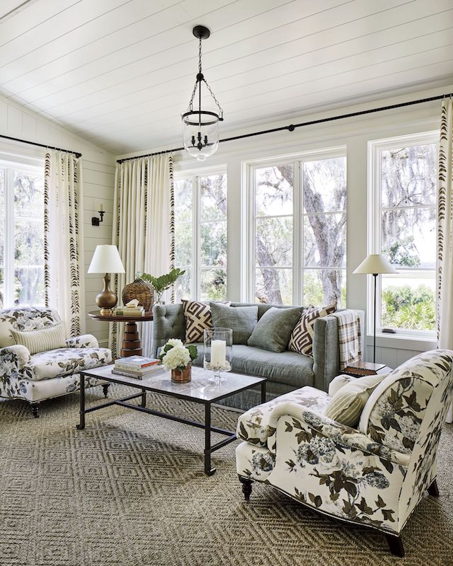 bedroom-sitting-area-SL-Idea_House-2019