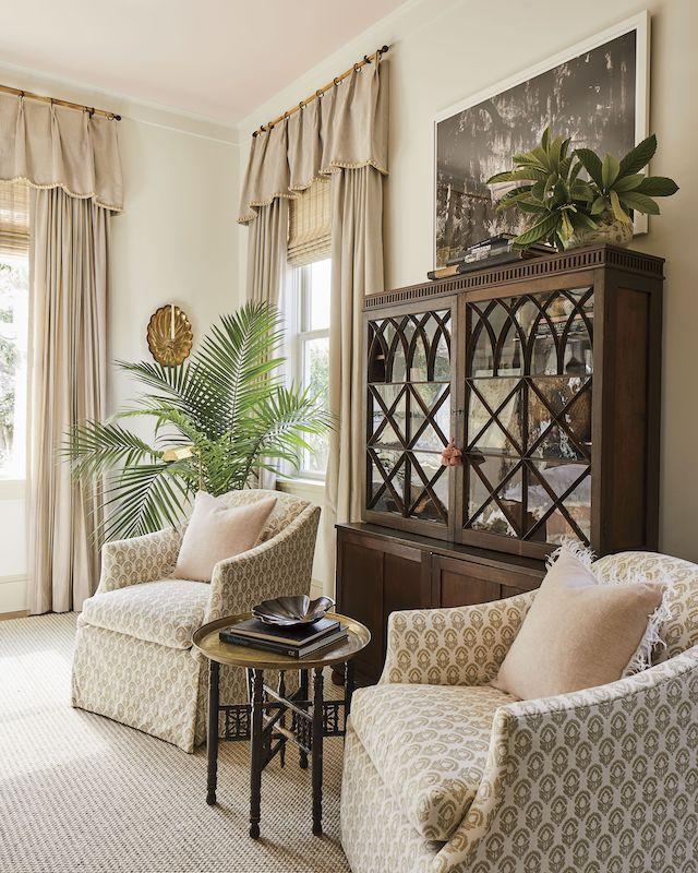 bedroom-sitting-area