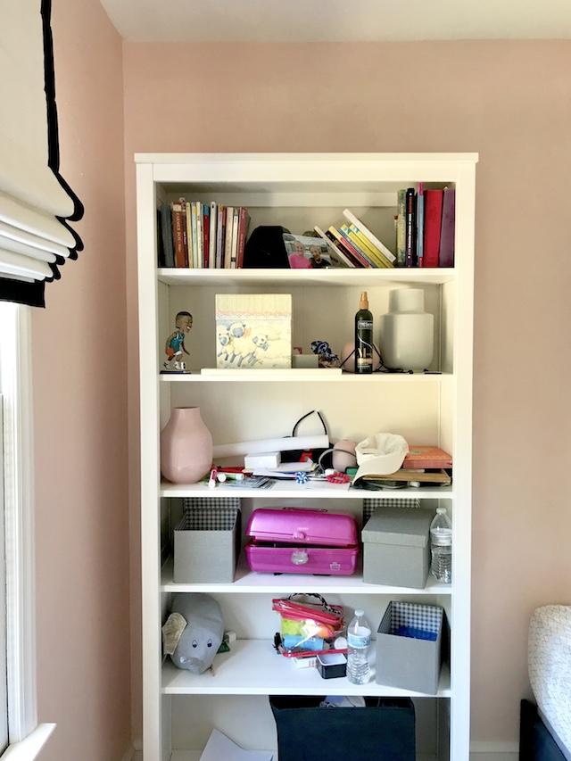 bookshelf-before