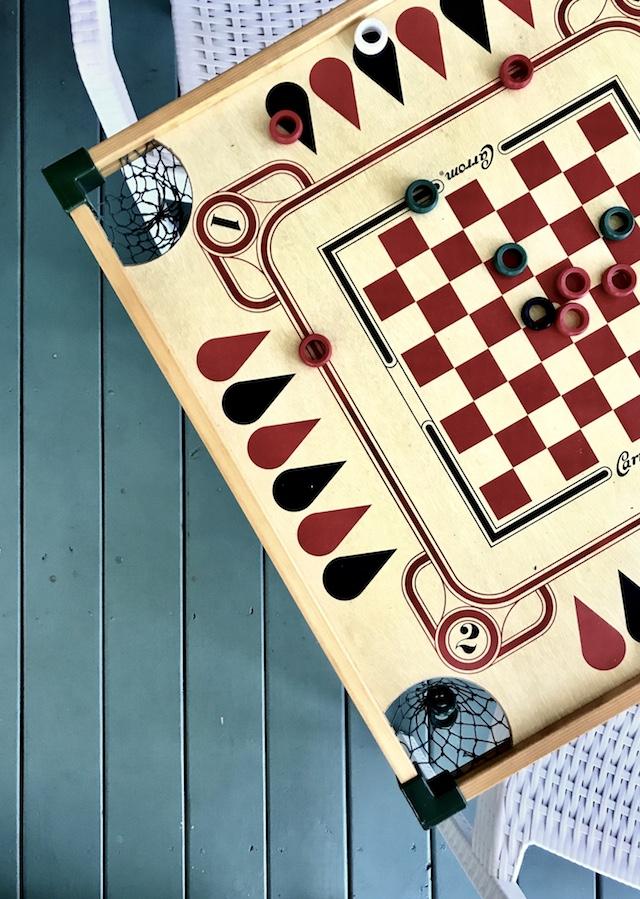 carom-game-board