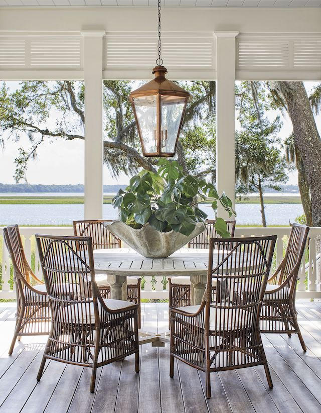 outdoor-dining-area-Southern_Living_Idea_house-2019