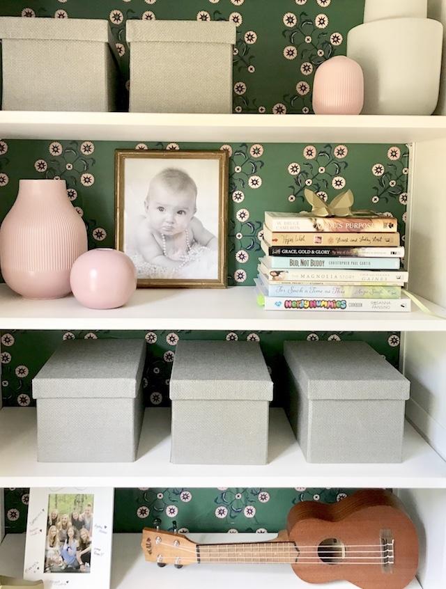 peel-stick-wallpaper-bookcase-styling