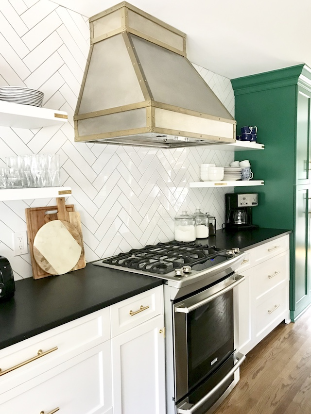 would-I-choose-open-kitchen-shelving-again