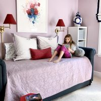 girls-bedroom-lavender-red-trundle-bed