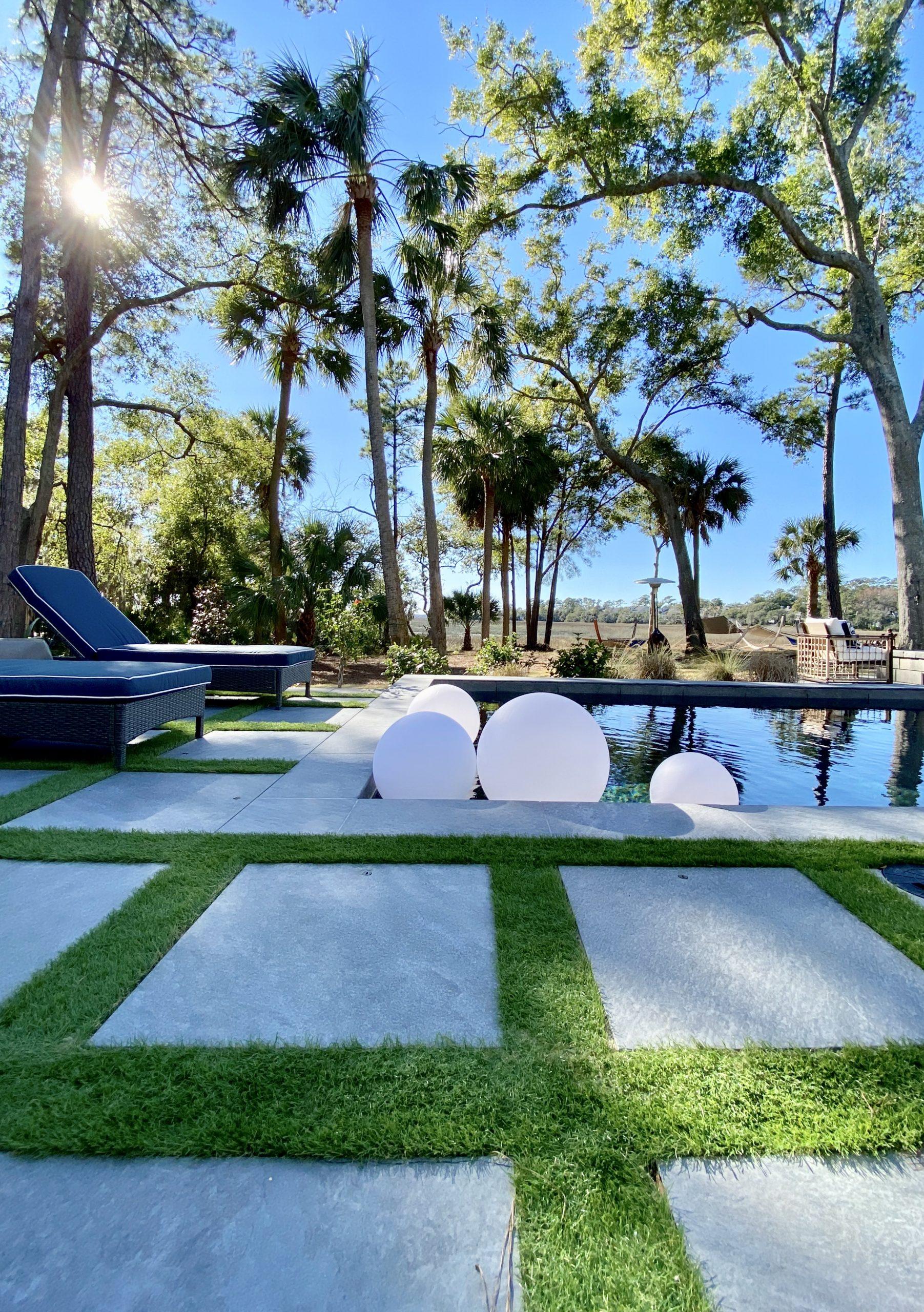 2020_HGTV_Dream_Home_backyard_pool