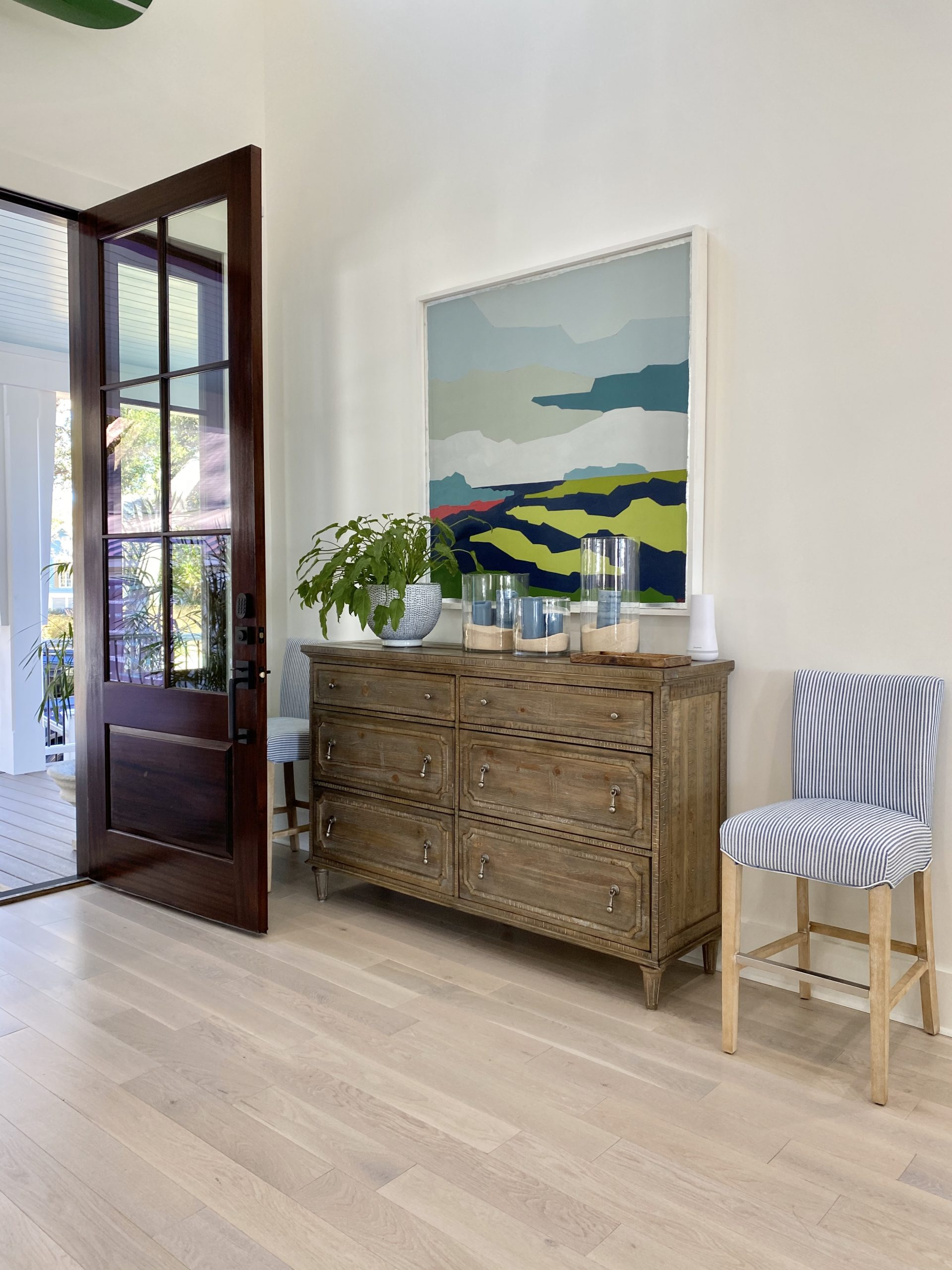 2020_HGTV_Dream_Home_entryway