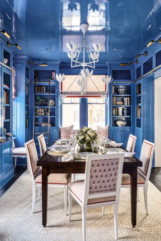 Classic-Blue-Pantone_color-of-Year_dining_room-walls