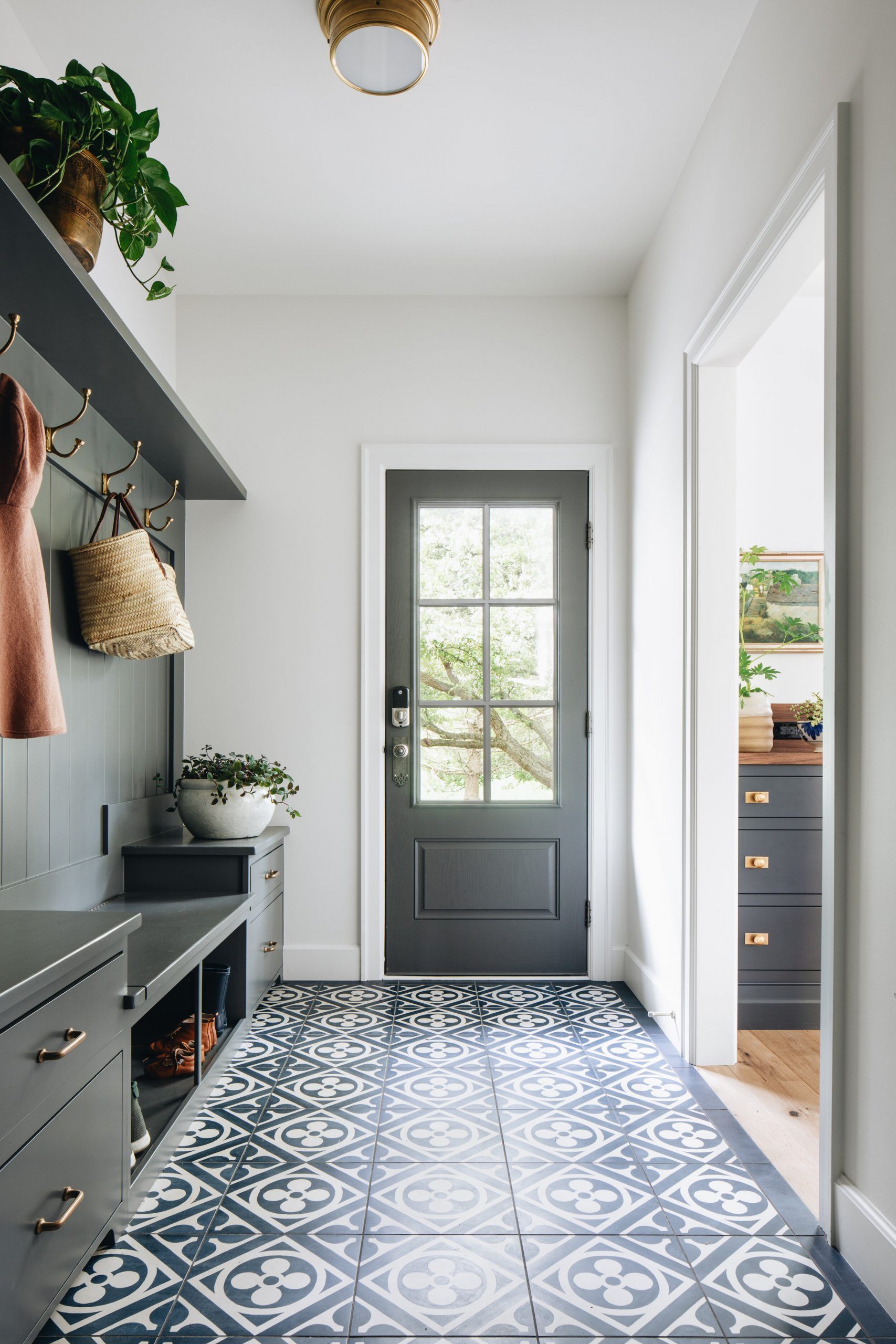 JSD+Modern+Classic+Renovation_Mudroom