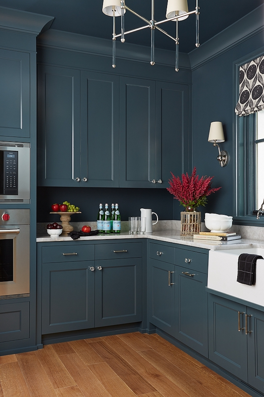 painted-cabinets-walls-kitchen-navy-blue