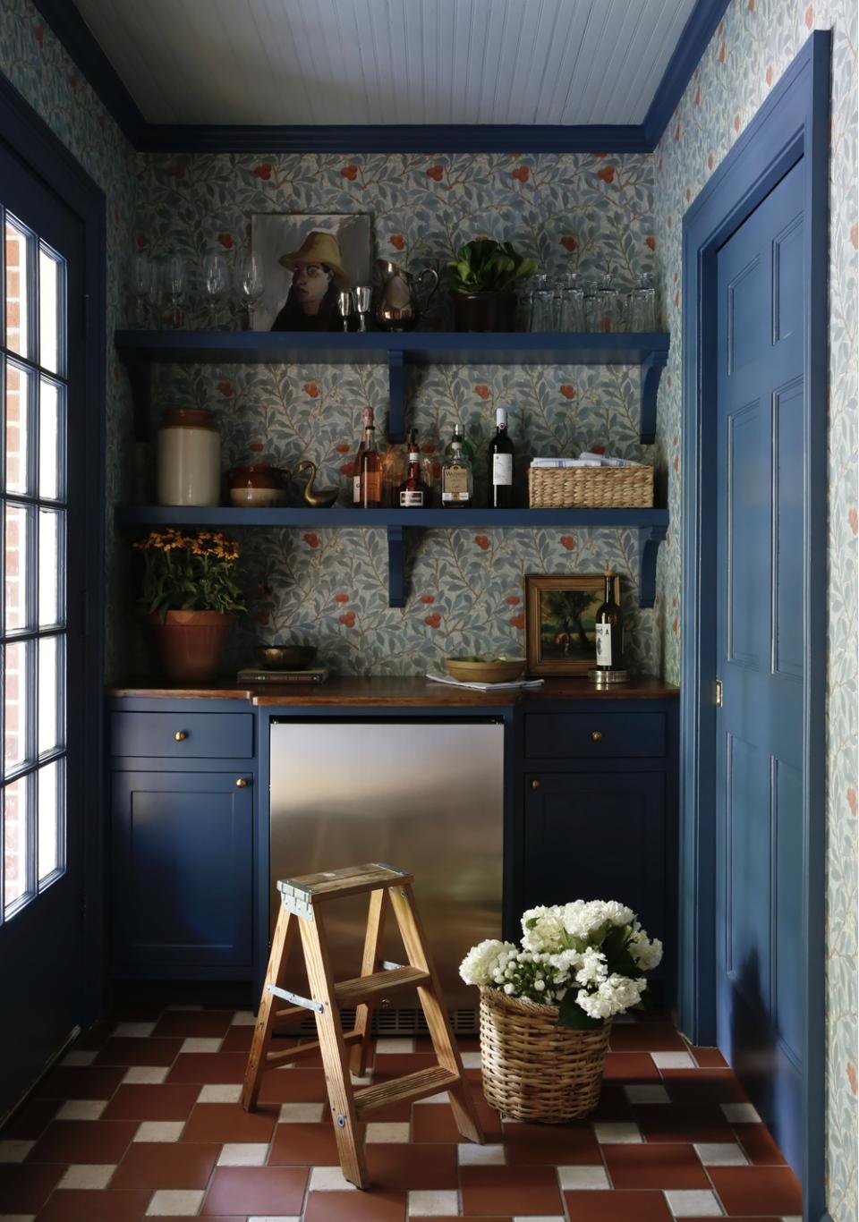 rust-blue-pantry