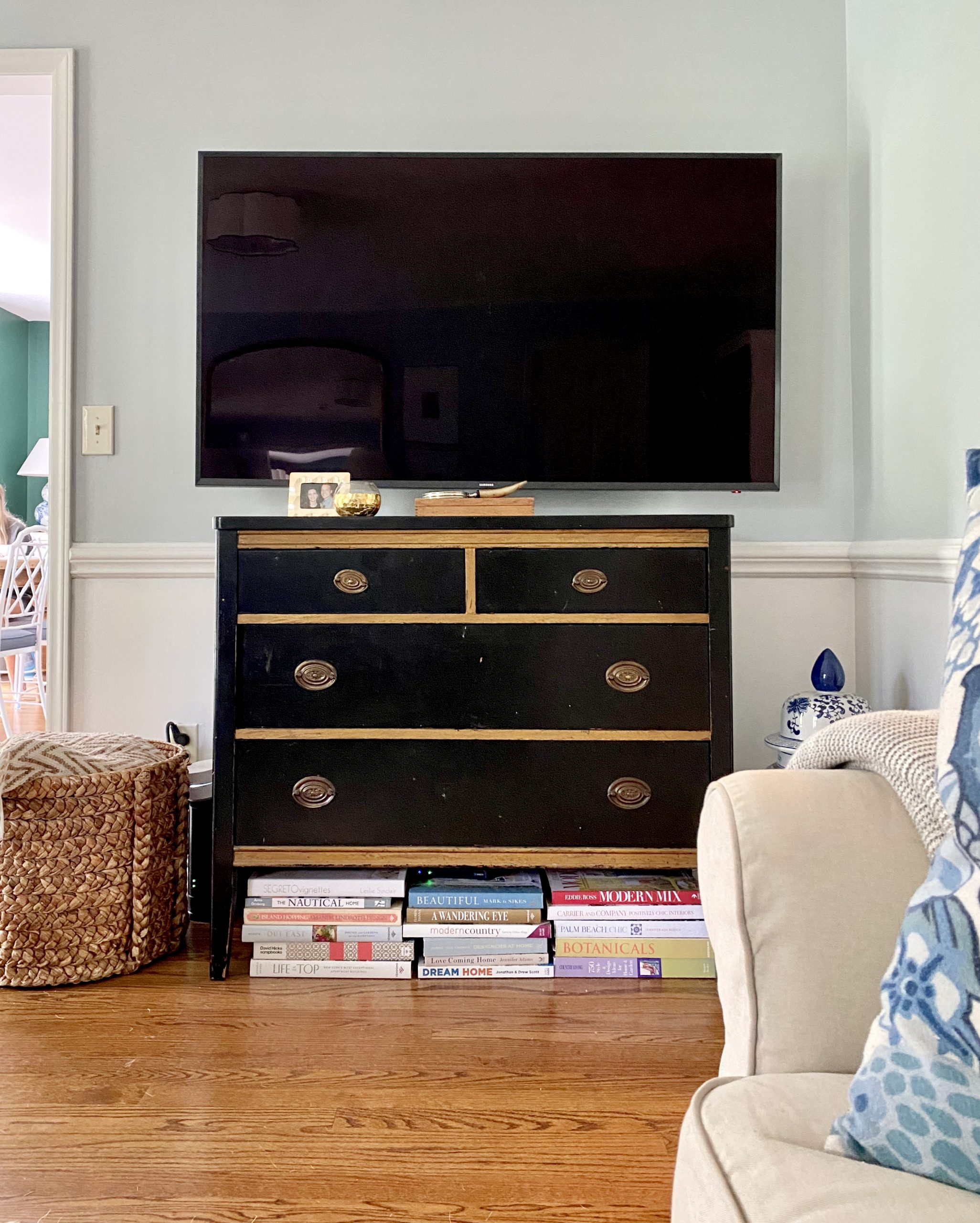 living-room-tv-dresser