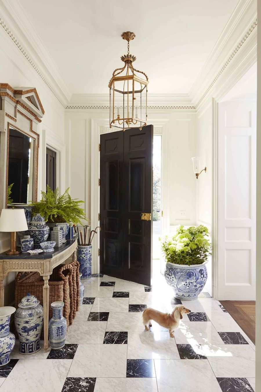 Traditional_Perfection_home_tour-entryway