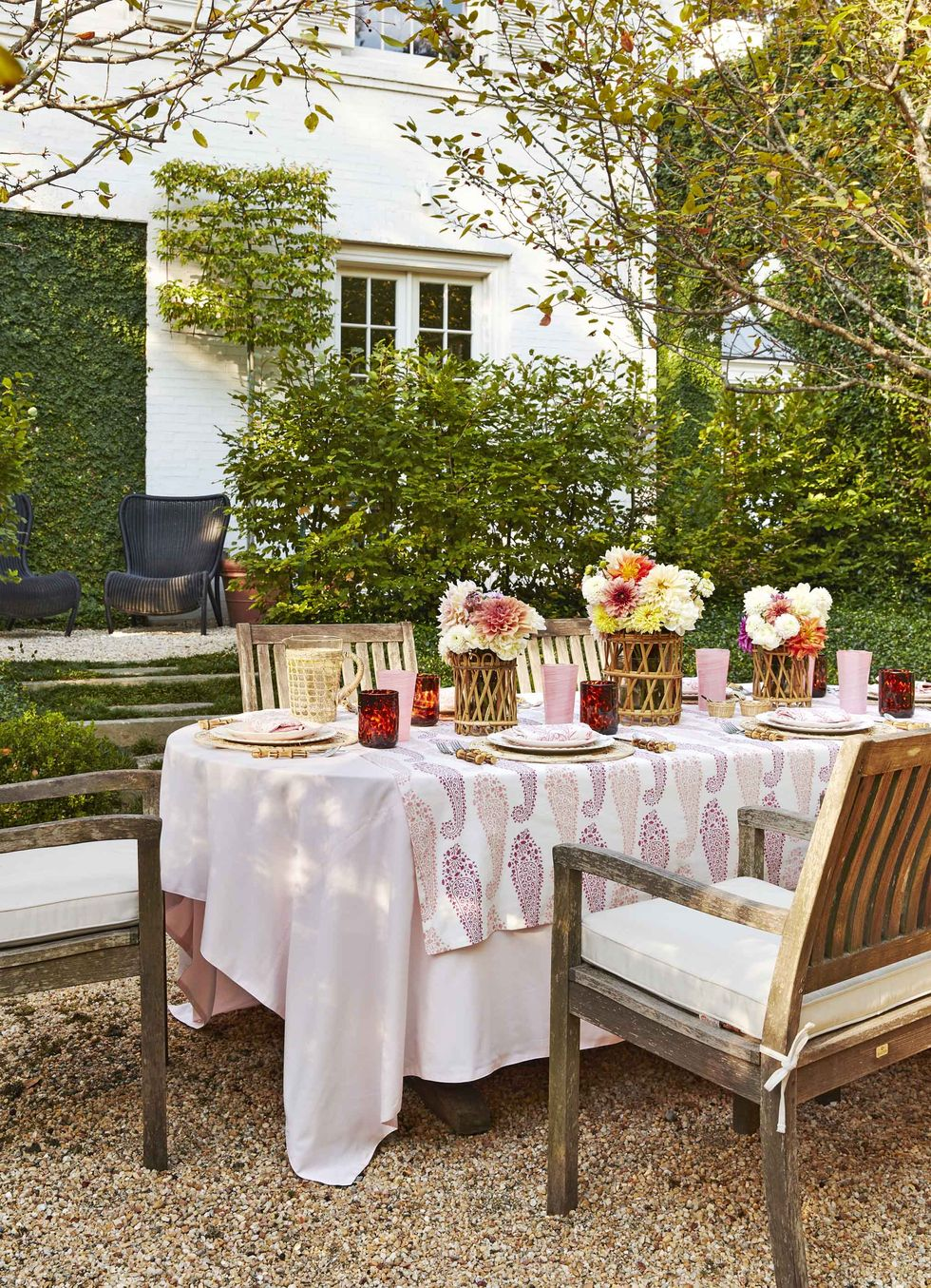 traditional home tour backyard dining