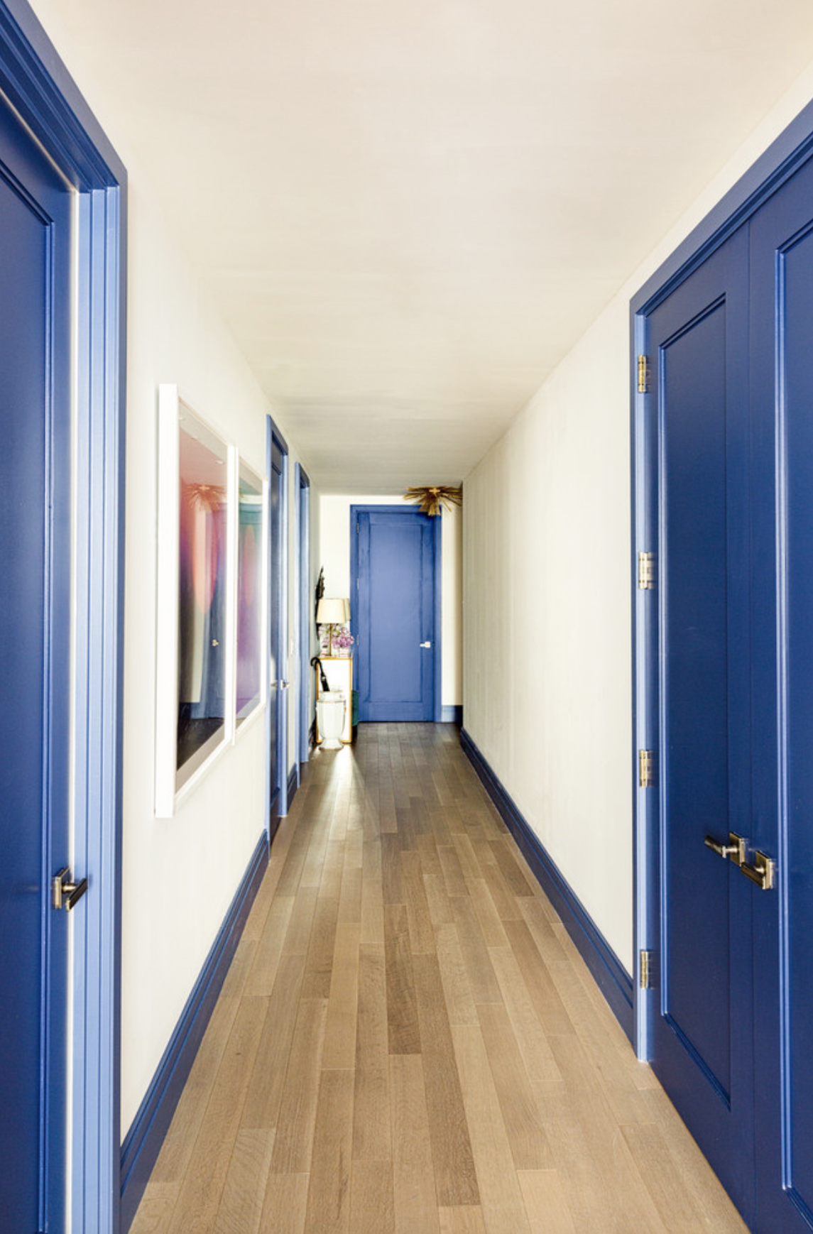 hallway-painting-interior-doors