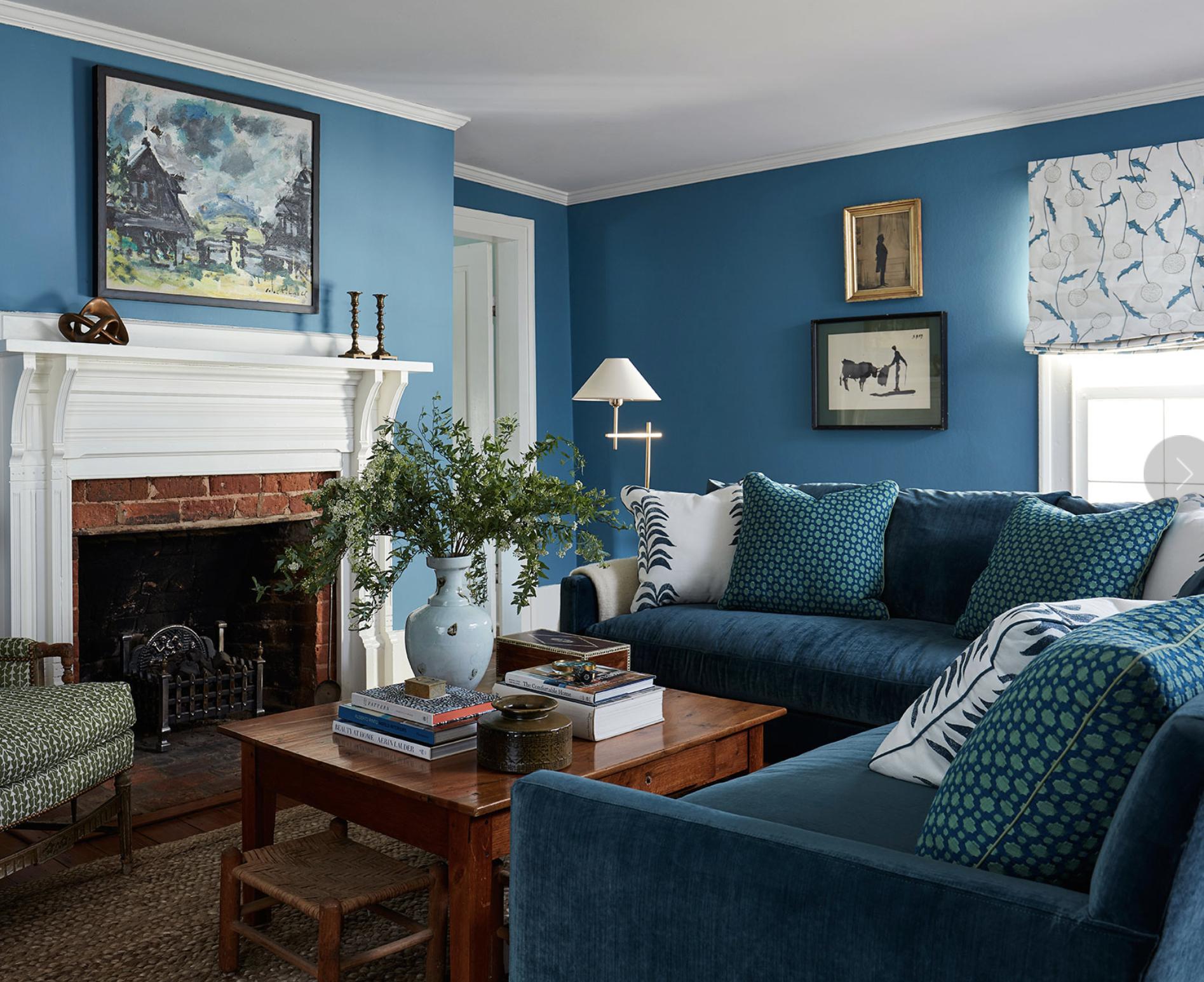 Andrew J Howard blue room