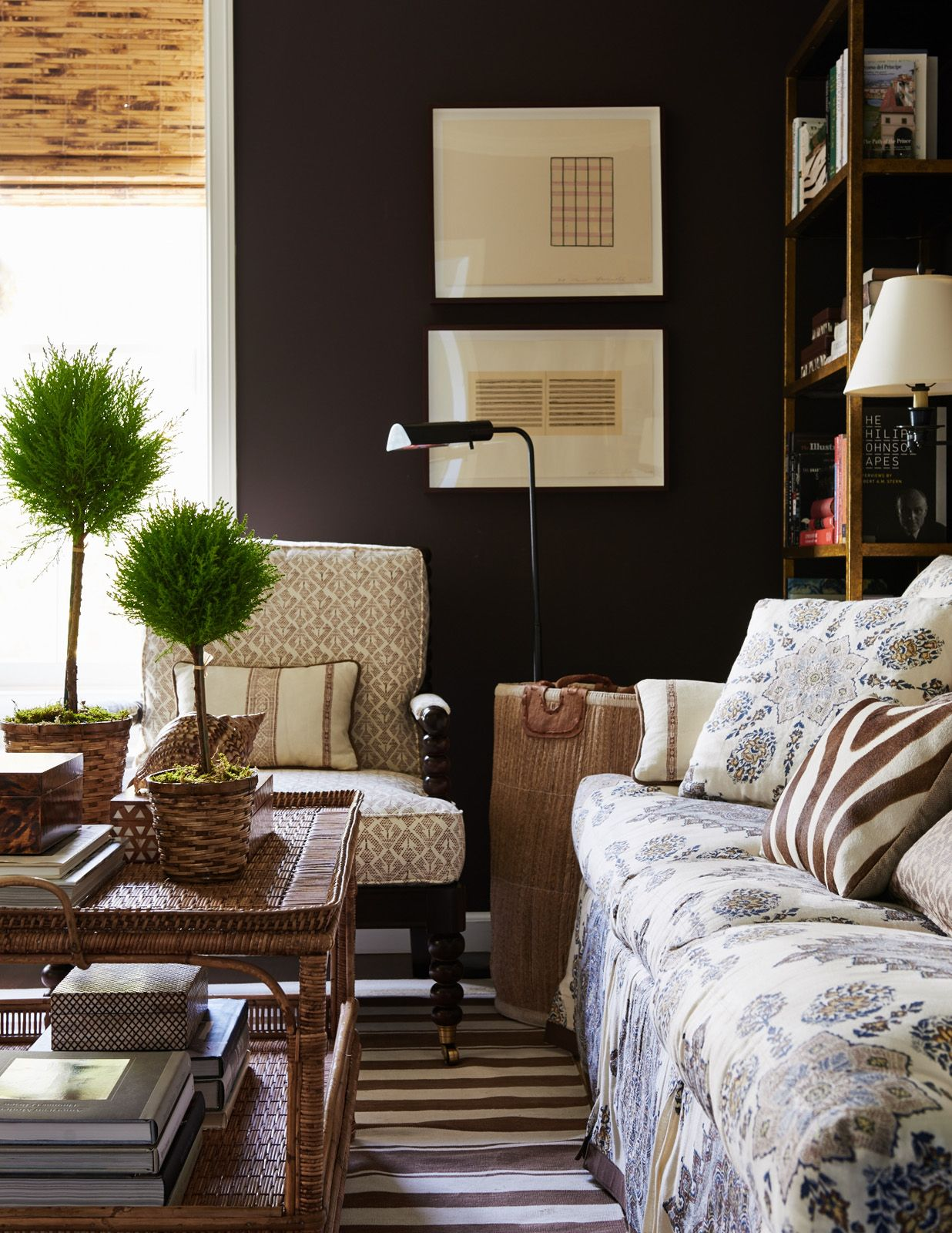 brown_walls_Mark-D_Sikes
