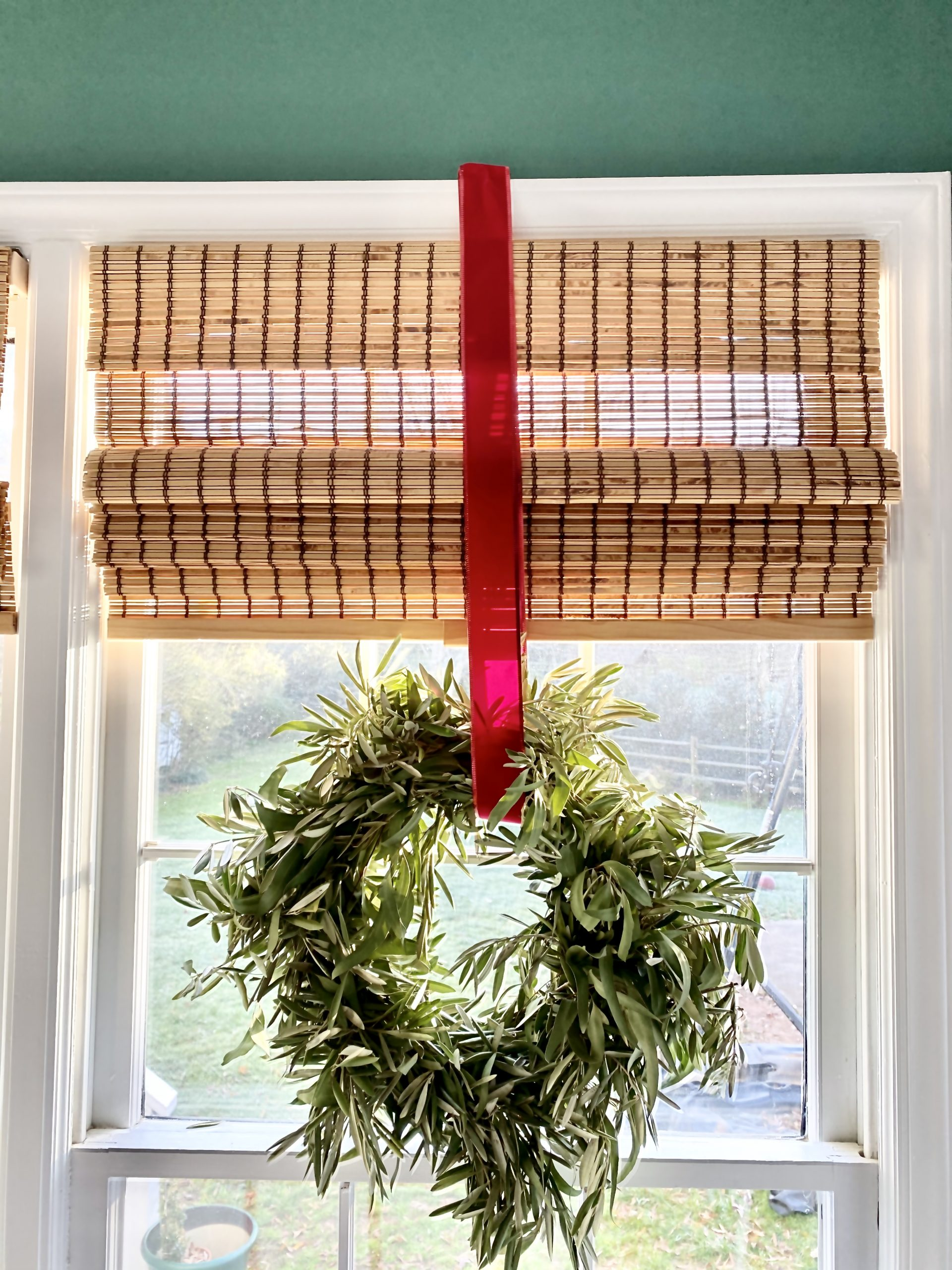 Eucalyptus-wreath-Christmas-home