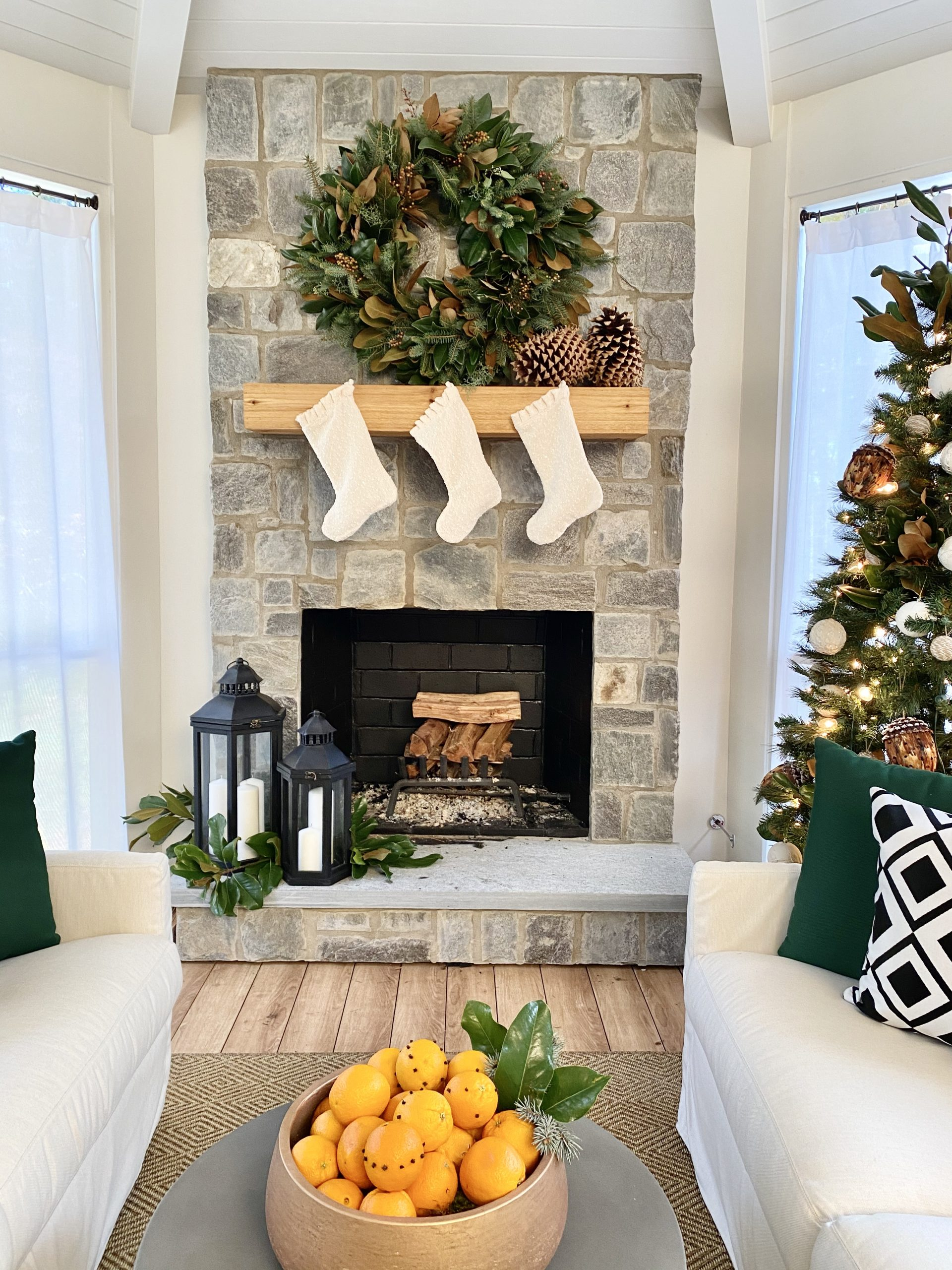 Sunbrealla-holiday-pillows-styling