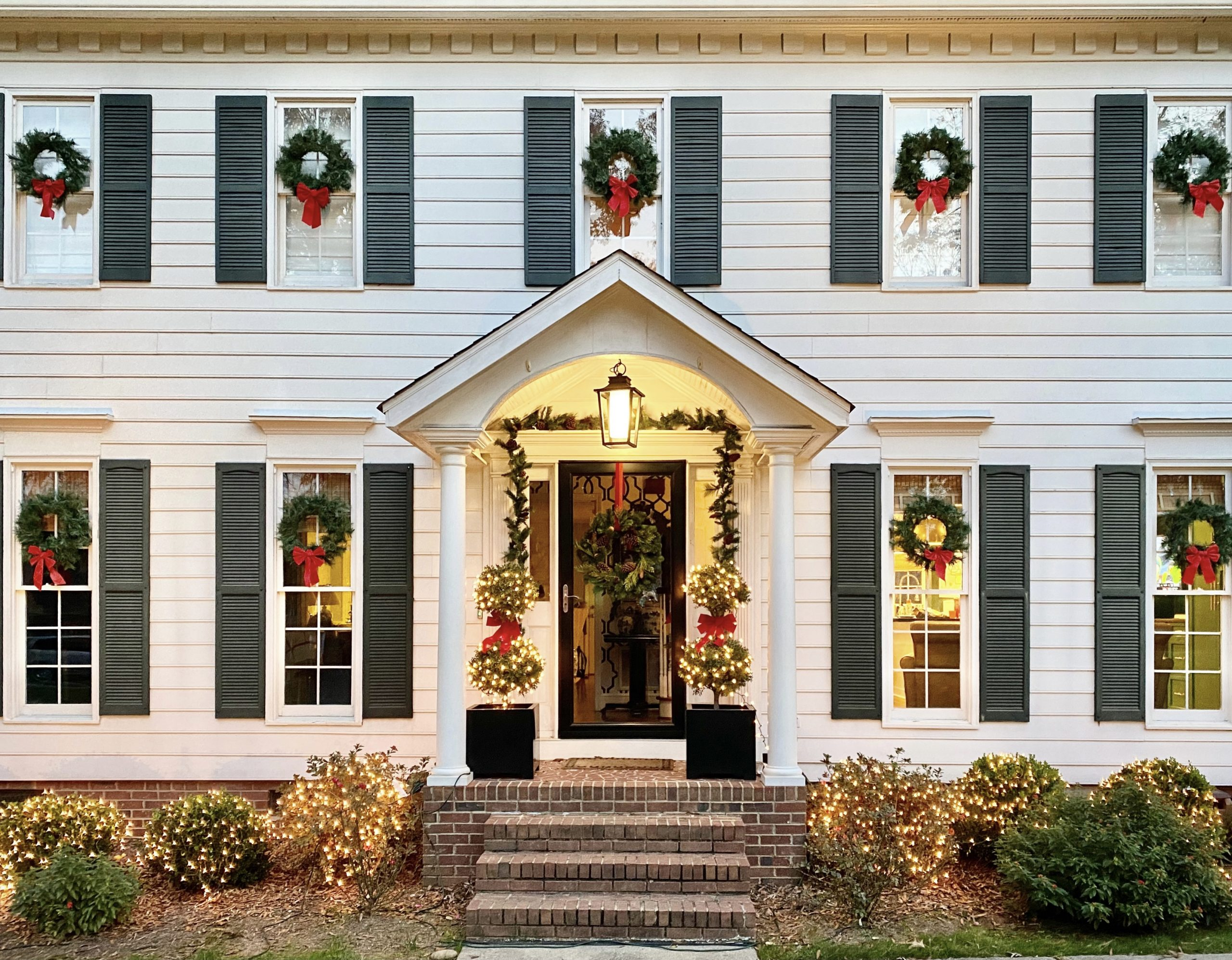 colonial-Christmas-home-tour