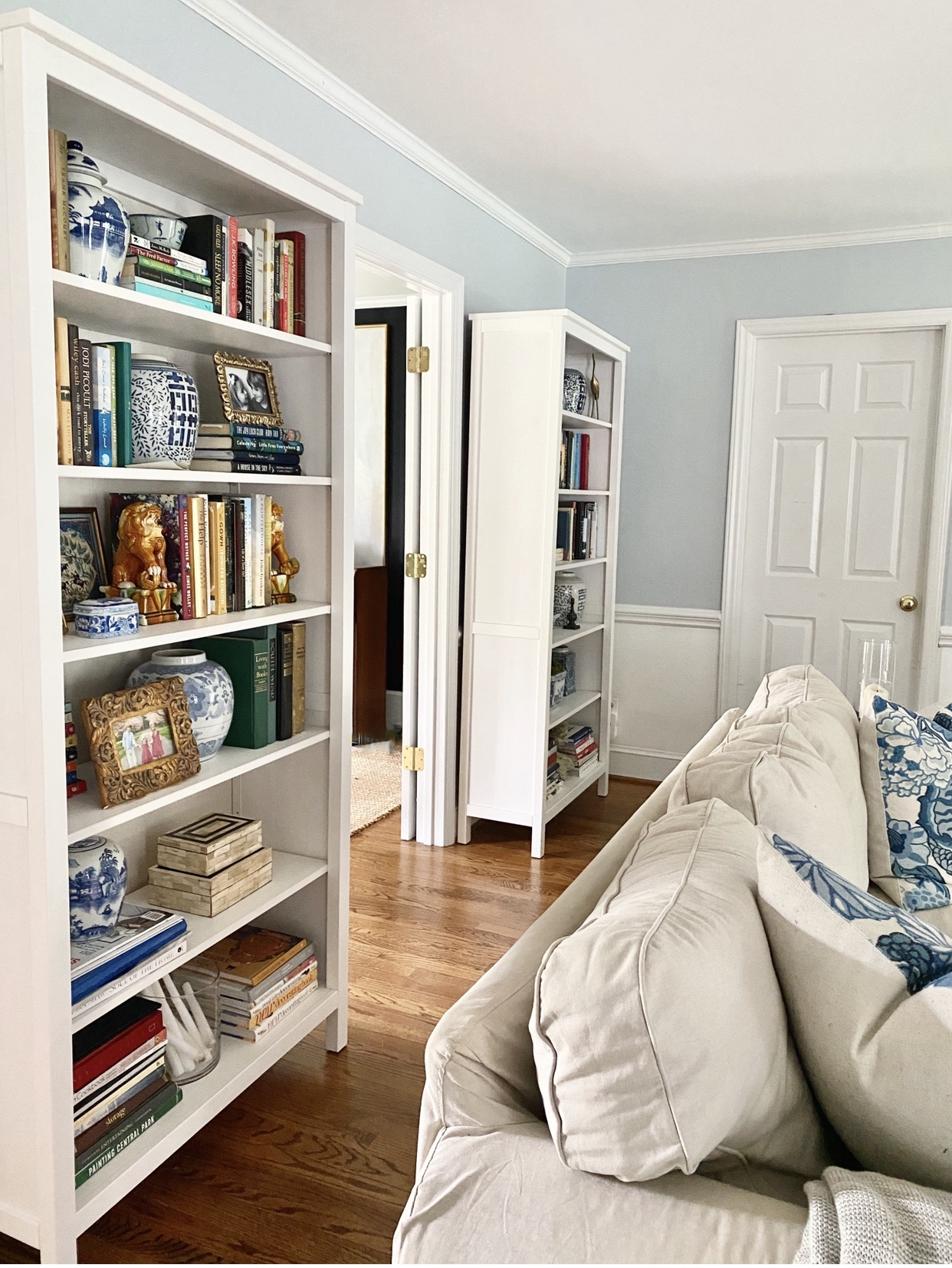 favorite-decor-changes-bookcases