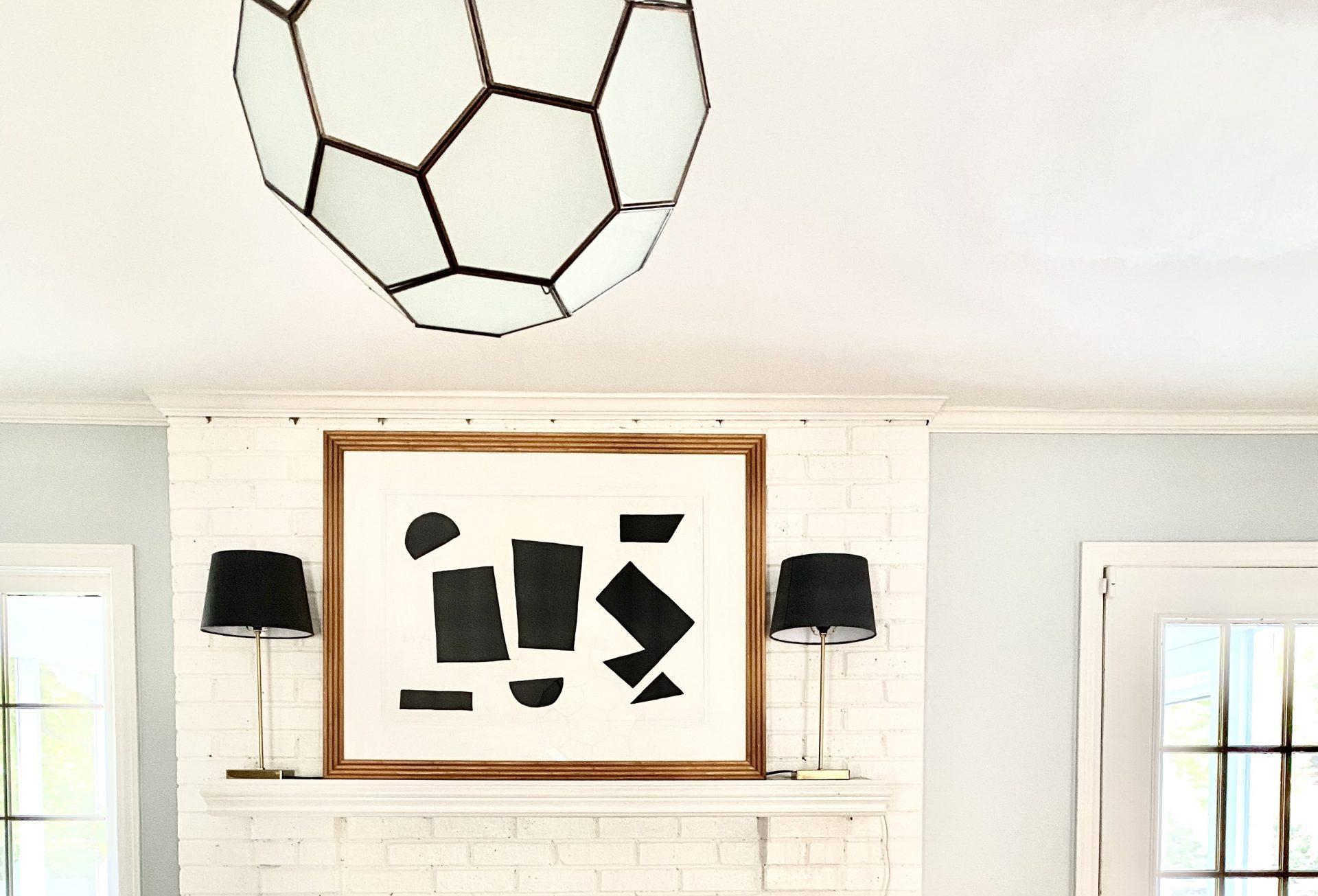 black-whtie-minimalist-art-living-room