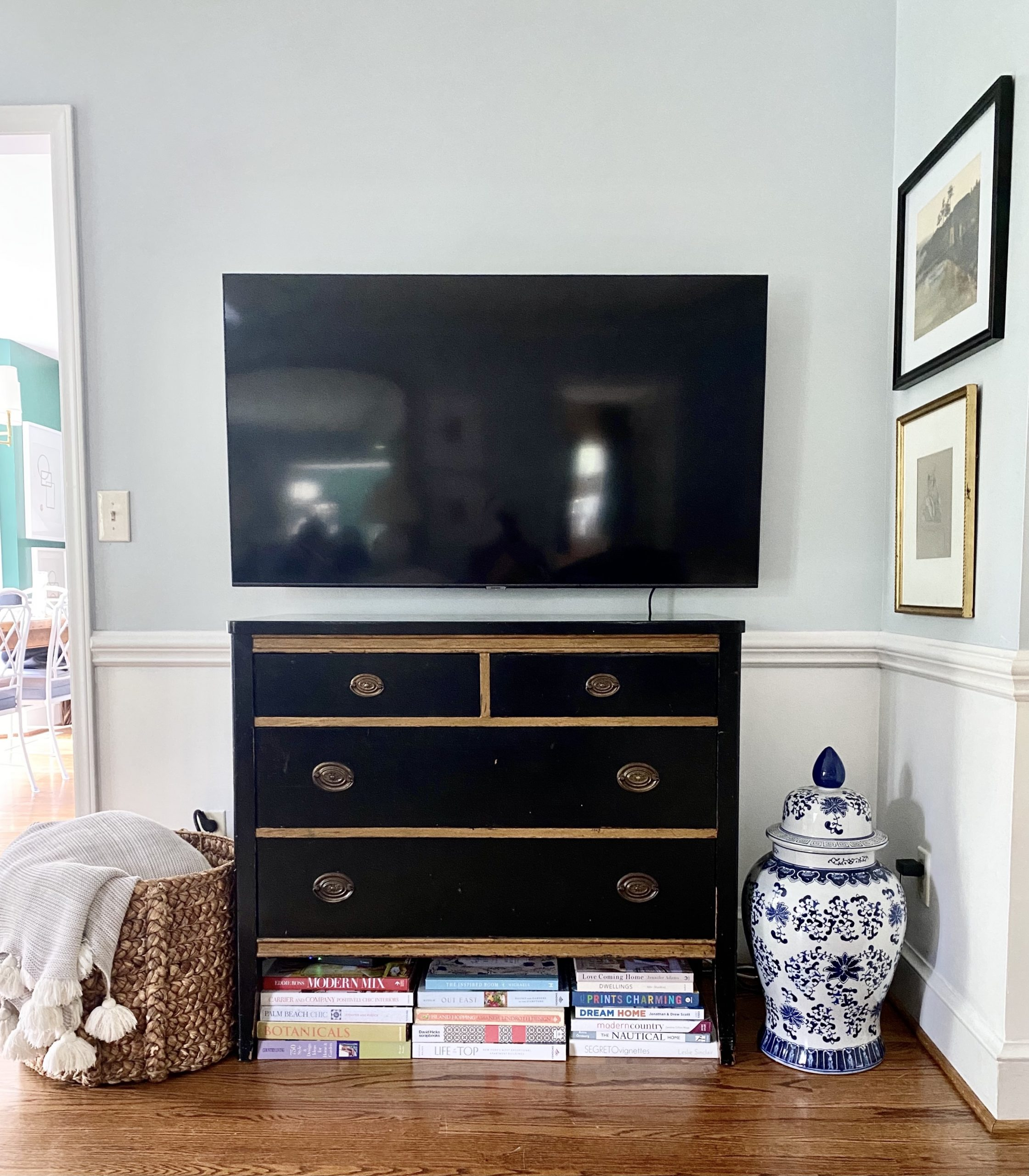 styling-tv-stand-small